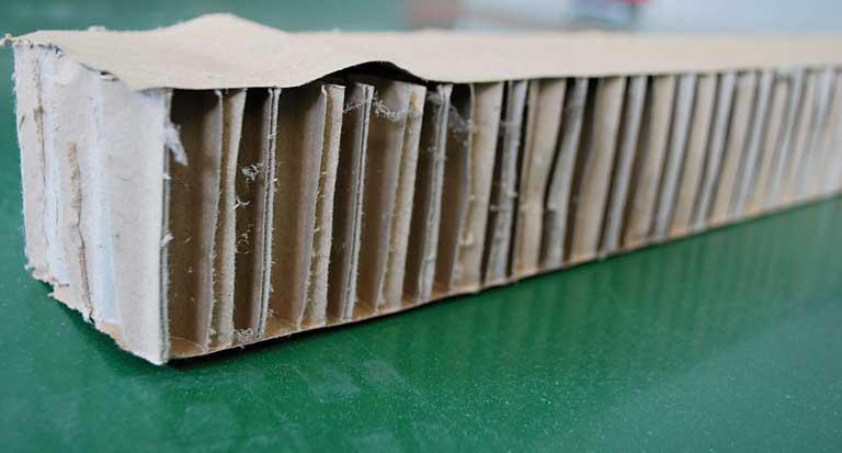 Cartone alveolare - a nido d'ape