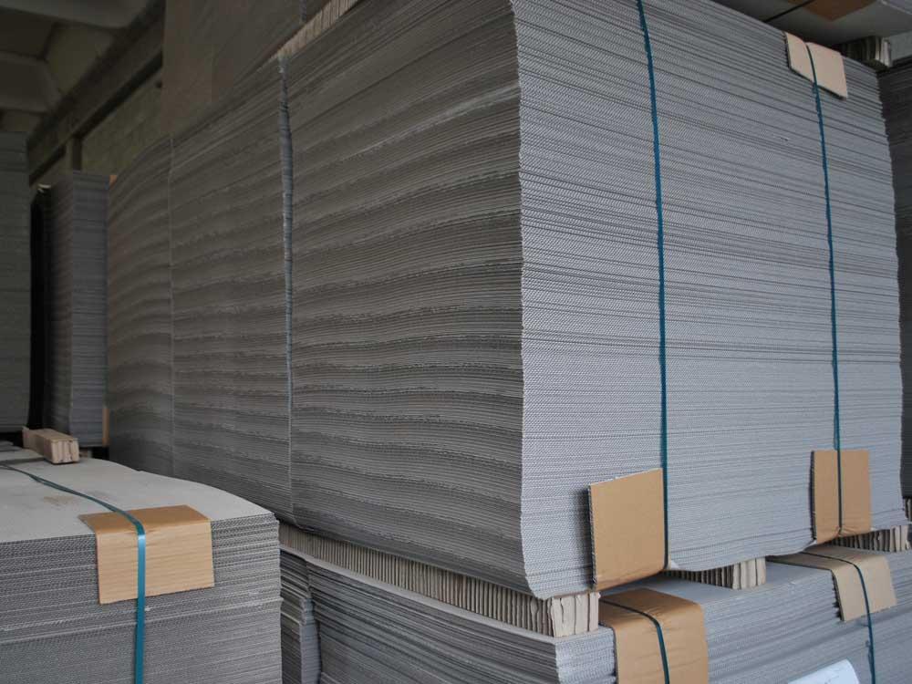 cartone in grandi formati